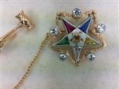 Gold-Diamond Brooch 5 Diamonds 0.15 Carat T.W. 14K Yellow Gold 2.6g